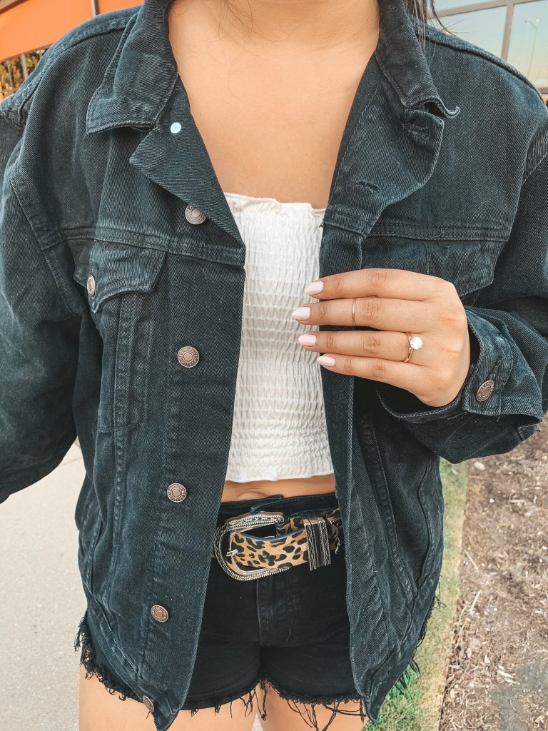 Au-Rate New York Ring In the Grey Blog outfit Minimalistic Jewelry Rings Leopard Western Belt Nordstrom BP White Smocked tube Top